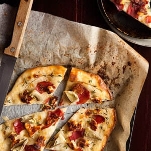 NO FUSS SIMPLE PIZZA CRUST RECIPE