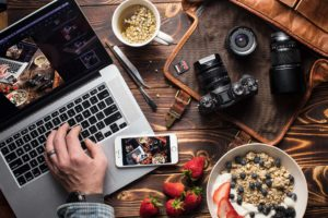 What Food Photographers Should Look For In A Camera